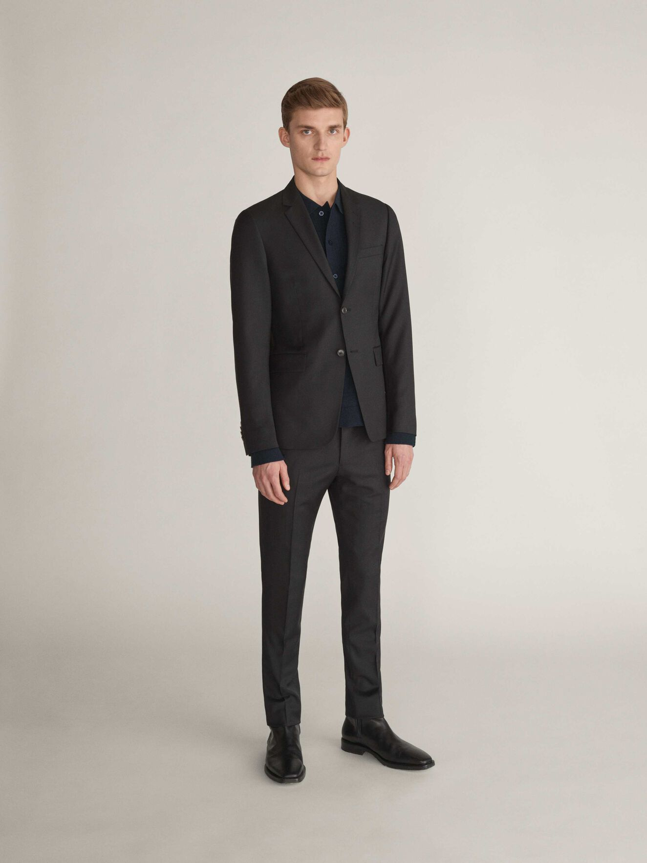 Toivo Trousers in Black from Tiger of Sweden