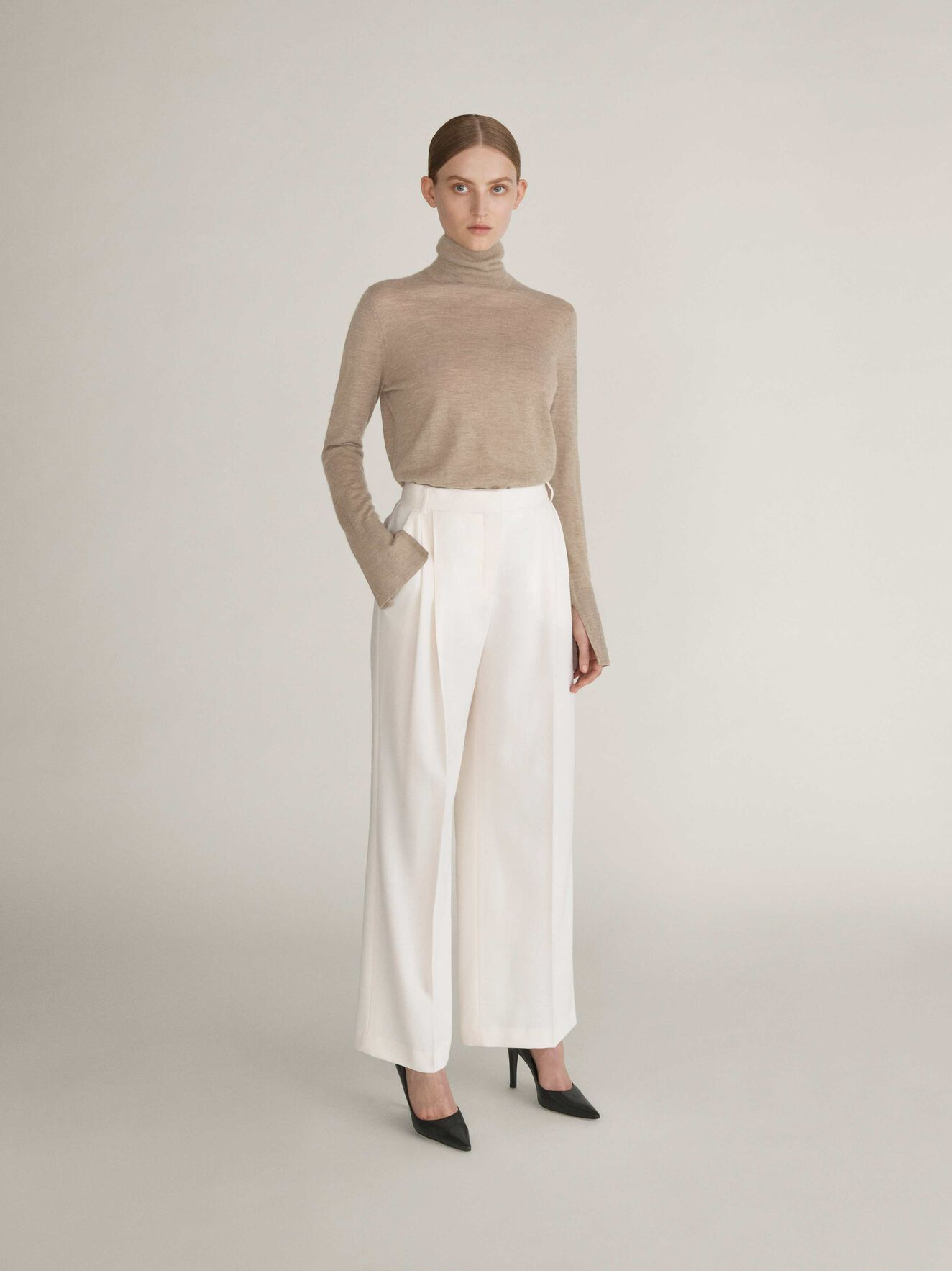 Fabiola Trousers in Whipped Cream from Tiger of Sweden
