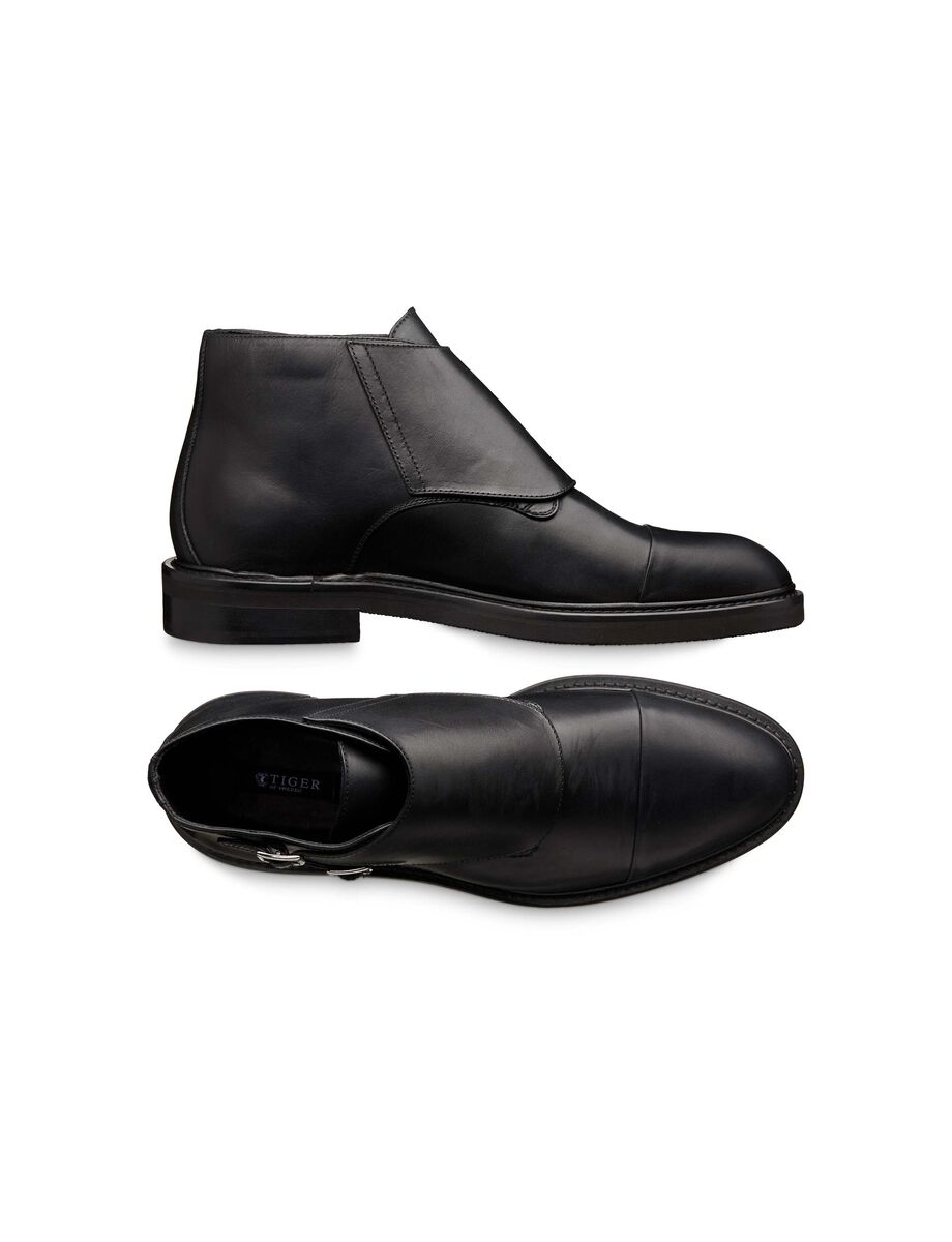 Austall boots in Black from Tiger of Sweden