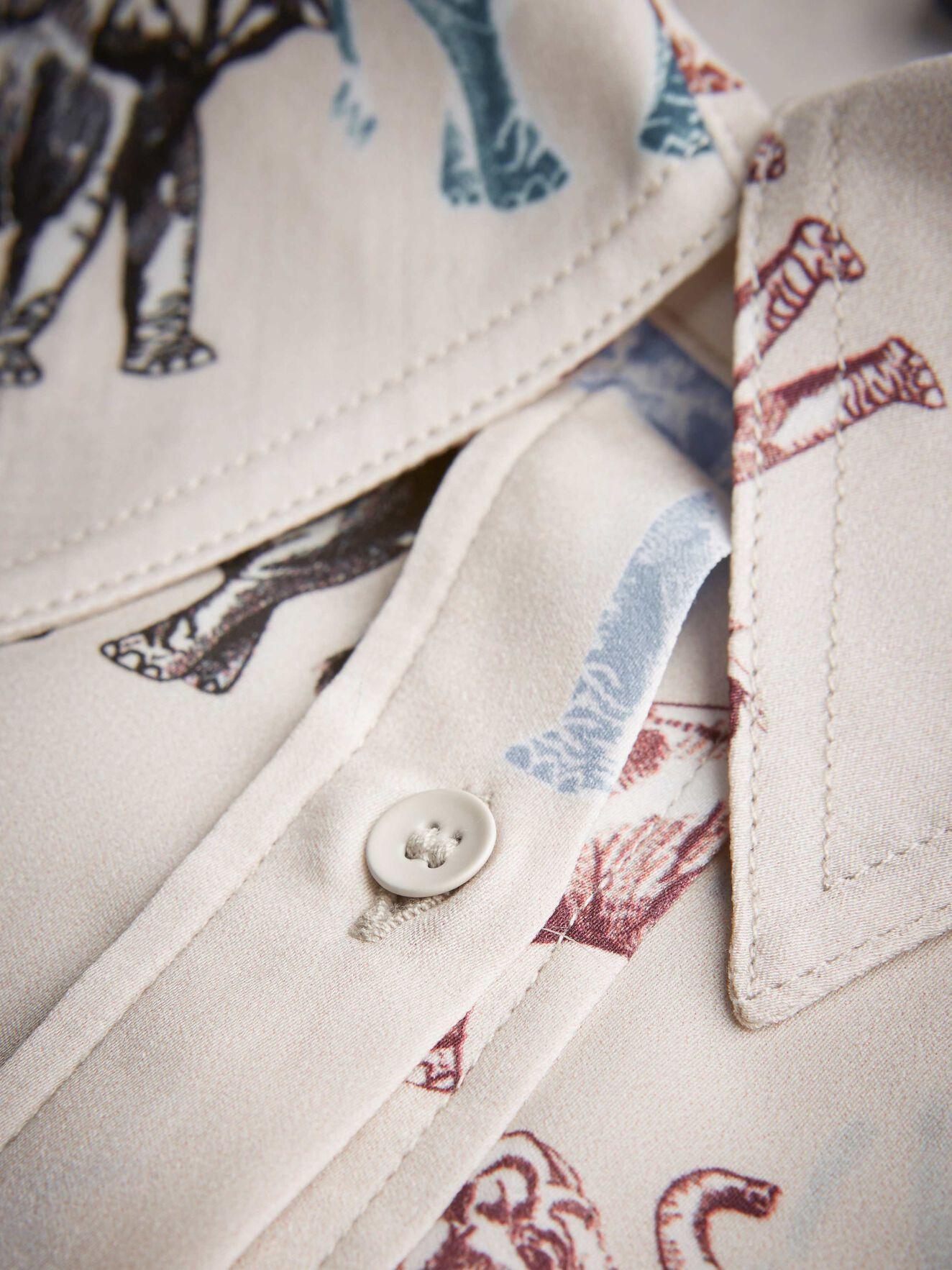 Triana Pri shirt in ARTWORK from Tiger of Sweden